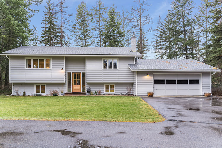 150 W. Emerald Drive, Whitefish, Flathead, Montana, United States 59937, 4 Bedrooms Bedrooms, ,2 BathroomsBathrooms,Single Family Home,For sale,W. Emerald Drive,1504